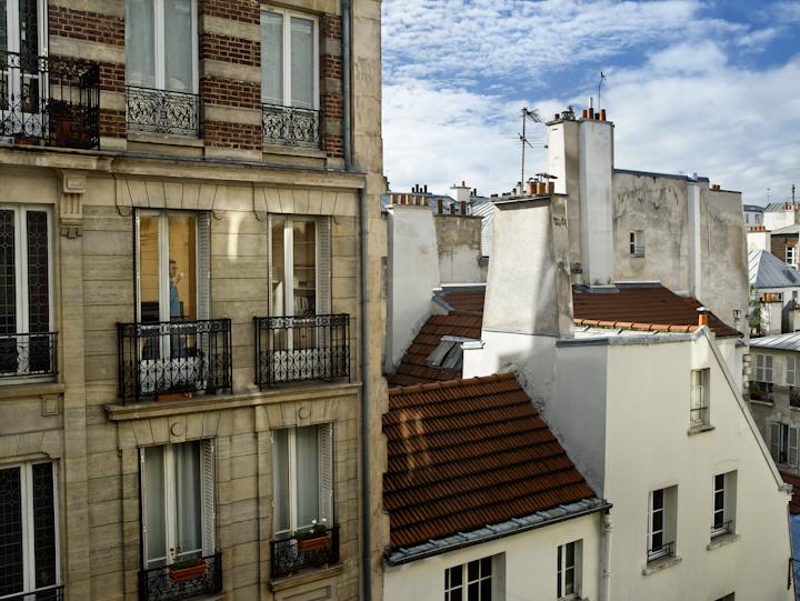 Le 3 novembre 2012, rue de la Cerisaie, Paris-4e, © Gail Albert Halaban, Courtesy Galerie Esther Woerdehoff